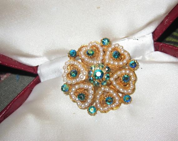Fabulous vintage Goldtone seed Pearl Heart Shaped green aurora glass brooch