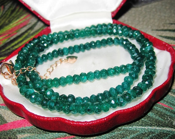 Lovely 4mm faceted natural green emerald sparkly necklace  gold clasp
