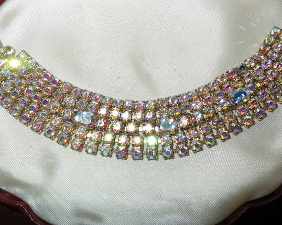 Stunning vintage goldtone golden pink aurora borealis rhinestone bracelet