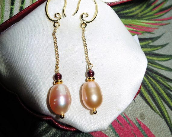 Lovely Natural Pink Freshwater Pearl and Garnet Bead dropper earrings 18 ct GF