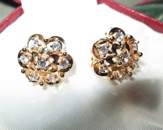 Lovely vintage style 18 ct yellow gold filled clear sapphire crystal lever back earrings