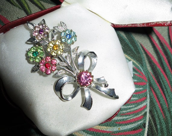 Vintage Multi-Coloured glass Flower & Ribbon Bow Brooch