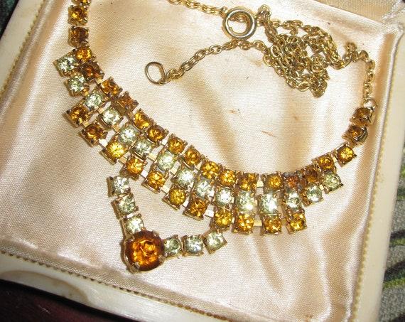 Wonderful vintage amber rhinestone geometric fringe gold tone chain necklace