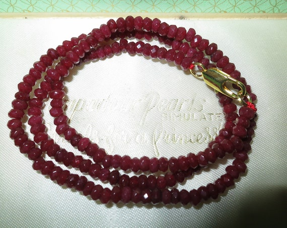 Attractive 4 mm natural raw dark ruby necklace 18 goldplated clasp