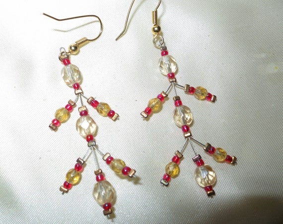 Beautiful vintage red glass and crystal beaded dangle earrings
