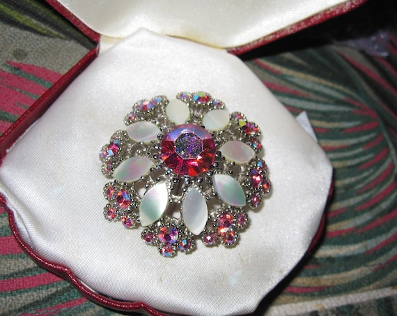 Lovely vintage Silvertone  Pink AB Rhinestone  Mother of Pearl  brooch