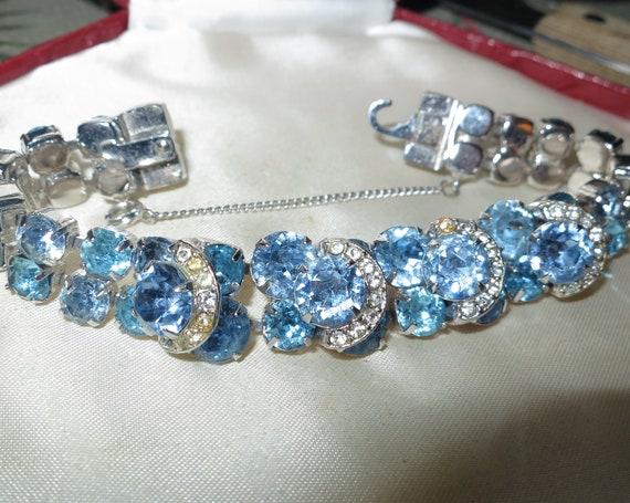 Stunning vintage Eisenberg ICE aquamarine turquoise rhinestone bracelet