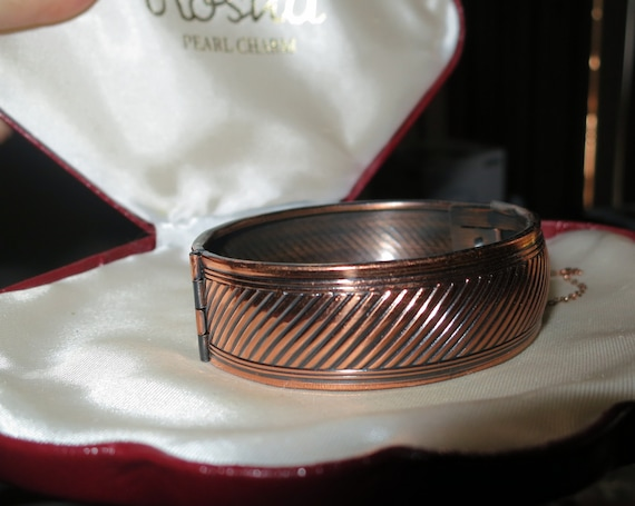 Beautiful Vintage copper metal clamper bangle bracelet