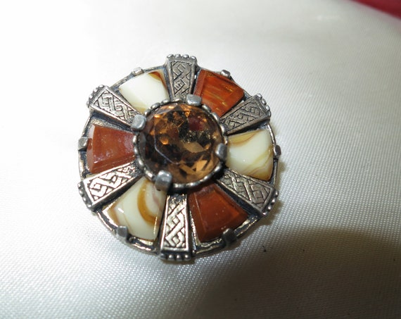 Vintage Scottish Miracle quality silver metal brown agate and topaz glass brooch