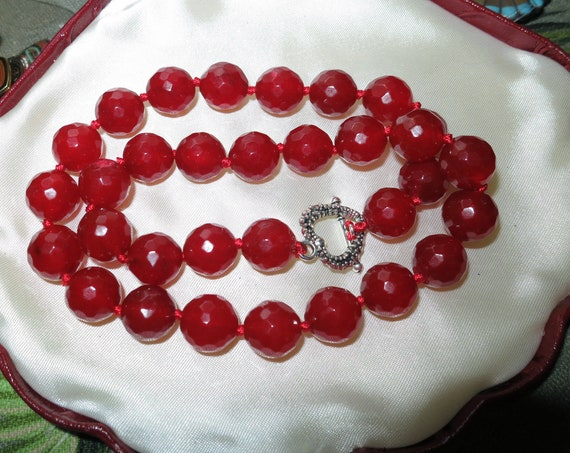 Lovely faceted 12mm raw natural ruby necklace heart shape toggle clasp