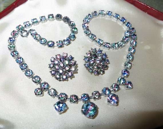Gorgeous vintage set of rainbow iris glass rhinestone necklace and clip on earrings