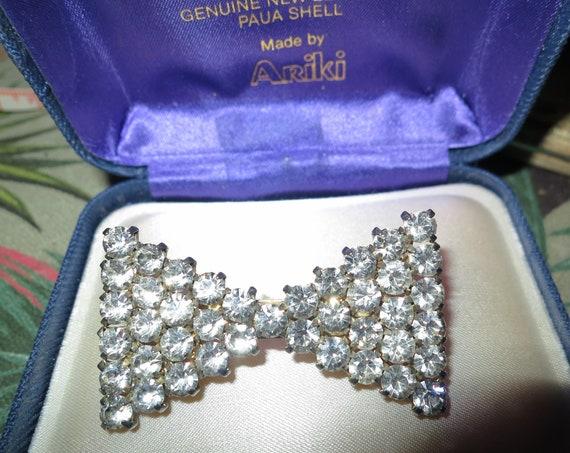 Vintage silvertone glass diamante art deco  bow brooch