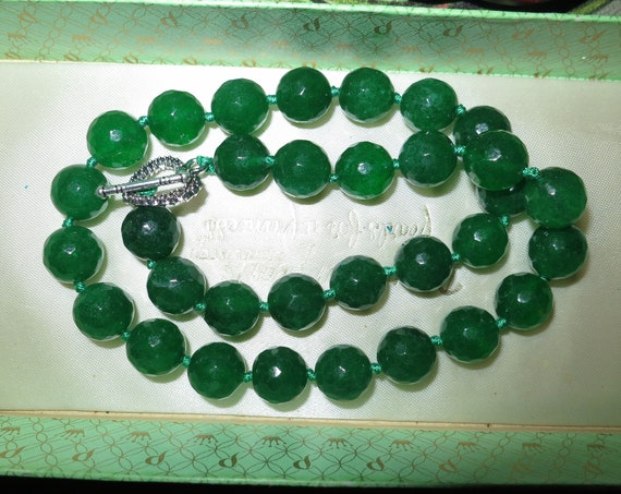 Lovely faceted 12mm raw natural emerald necklace heart shape toggle clasp