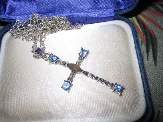 Lovely vintage double chain necklace with aquamarine glass cross pendant