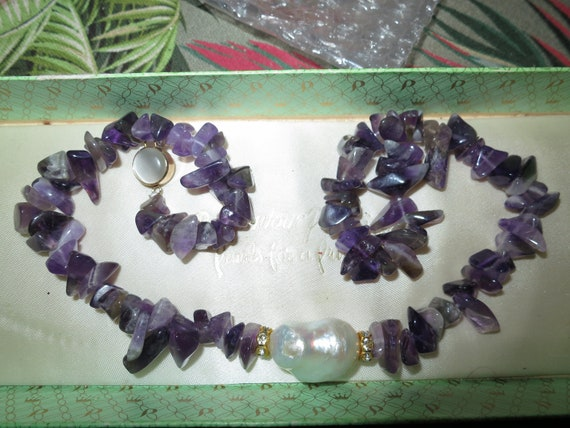 Beautiful genuine amethyst chip necklace with keshi pearl