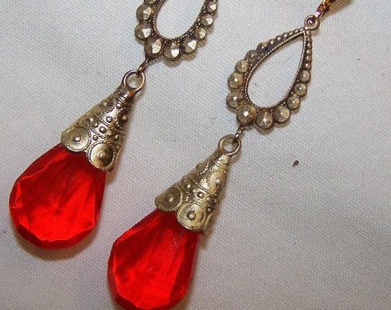 Beautiful old Vintage 1940s  Czech orange red glass Earrings