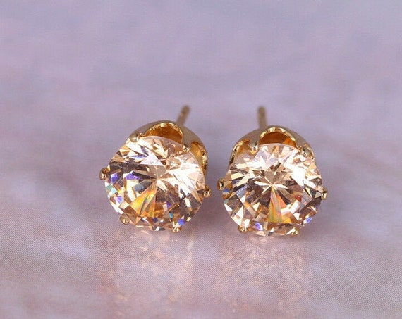 Beautiful 18 ct yellow gold filled 8 mm citrine crystal stud earrings