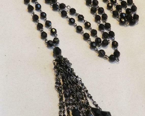 Wonderful vintage Deco style Long Black Faceted Beaded  Tassle necklace