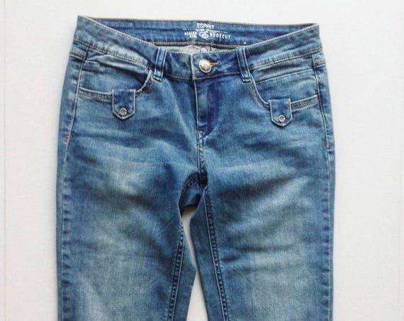 Esprit brand new Medium Rise Boot cut Size 26/ Size 6 Faded Wash Denim crop jeans