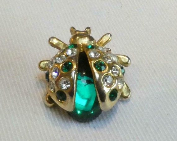 Vintage Goldtone Green Glass & Clear   Green Crystal Ladybug/Ladybird  brooch