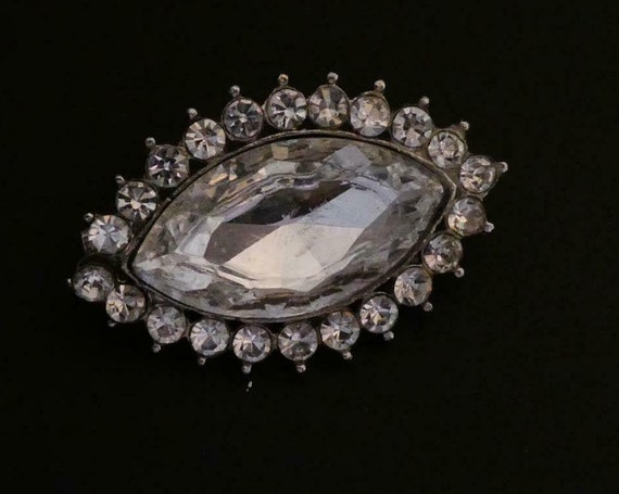 Beautiful Silvertone Clear Sparkly mirror glass Rhinestone Marquise Shaped brooch