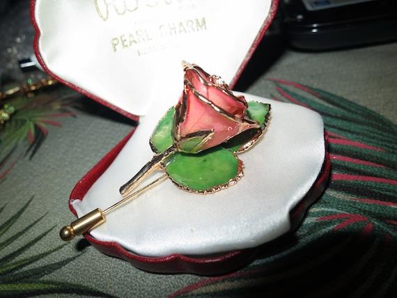 Gorgeous vintage gold metal Enamel rose stick pin brooch