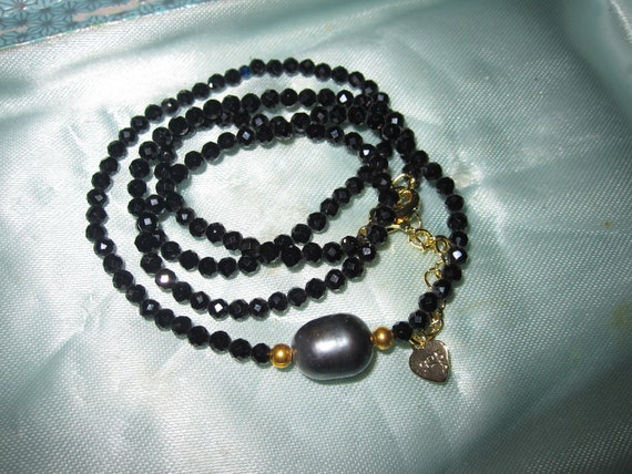 Lovely Natural Faceted 2mm black spinel and black pearl necklace
