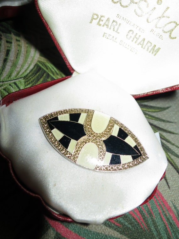 Lovely vintage Deco Bex style cream and black enamel fx marcasite brooch