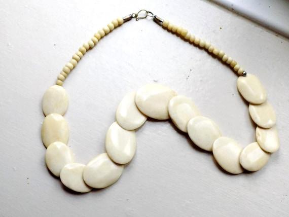 Lovely vintage polished ox bone necklace
