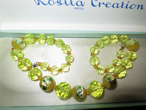 Beautiful Deco lemon and foiled glass crystal necklace