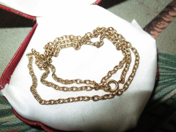 Beautiful  vintage goldtone chain for necklace 48 cms
