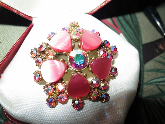 Lovely vintage quality gold plated pink thermoset lucite and AB glass brooch