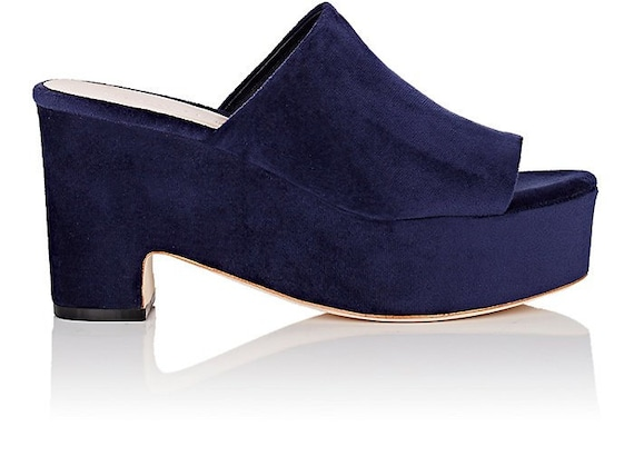 Brand new Loeffler Randall Amara blue velvet platform sandals size 6