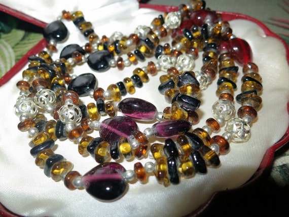 Lovely vintage amethyst and amber and black glass flapper necklace 48""