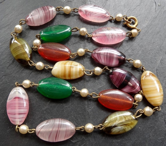 Lovely vintage multi colour banded glass agate bead glass pearl necklace