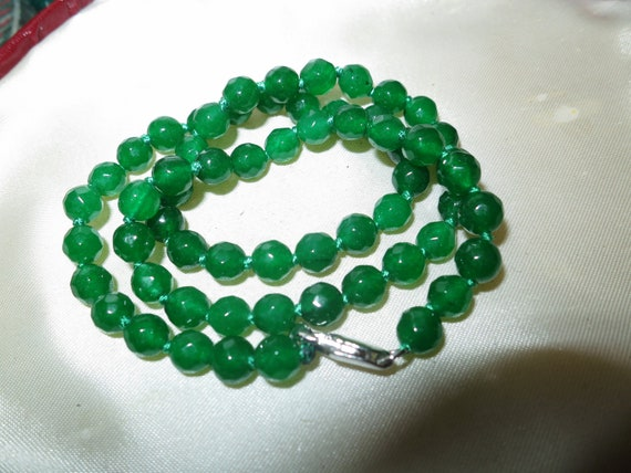 Lovely knotted faceted 6mm natural green Jade necklace 18""