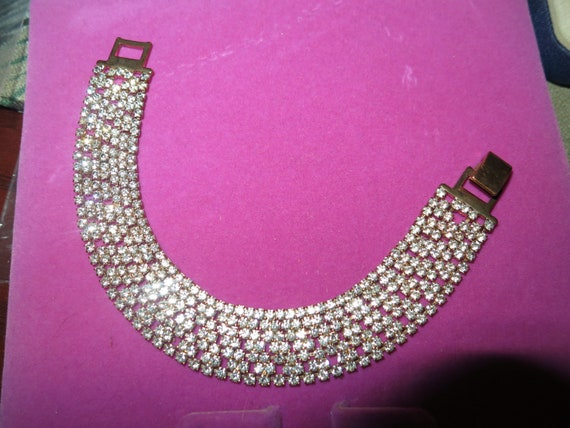 Beautiful Vintage goldtone tiny rhinestone pave bracelet