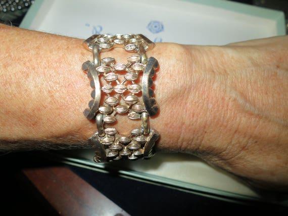 Vintage 1950s gold metal panel link bracelet