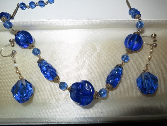 Stunning vintage Czech Deco sapphire glass bead necklace and earrings