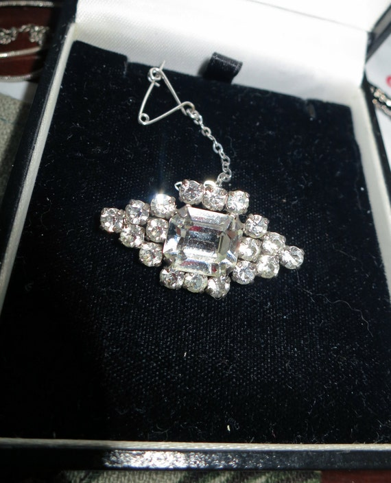Lovely vintage Small Deco mirror rhinestone brooch with safety chain