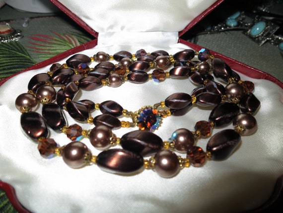 Lovely Vintage 1950s 2 strand dark brown glass pearl and AB glass necklace