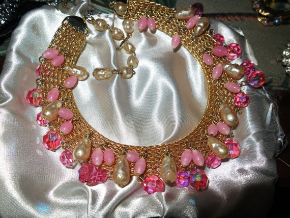 Stunning vintage quality goldtone mesh fx pearl pink bead choker necklace