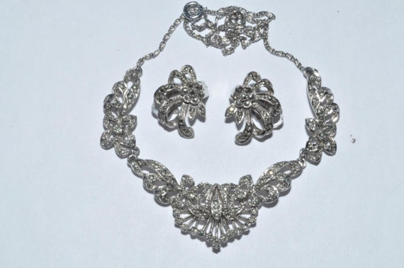 Lovely   vintage marcasite necklace and earrings set