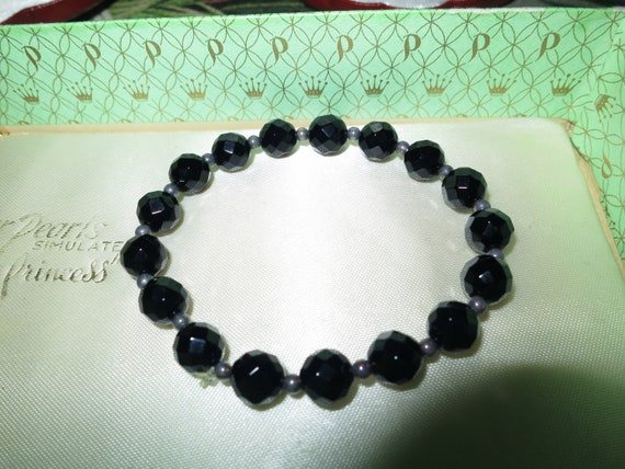 Beautiful vintage faceted black onyx and sterling silver beaded bracelet