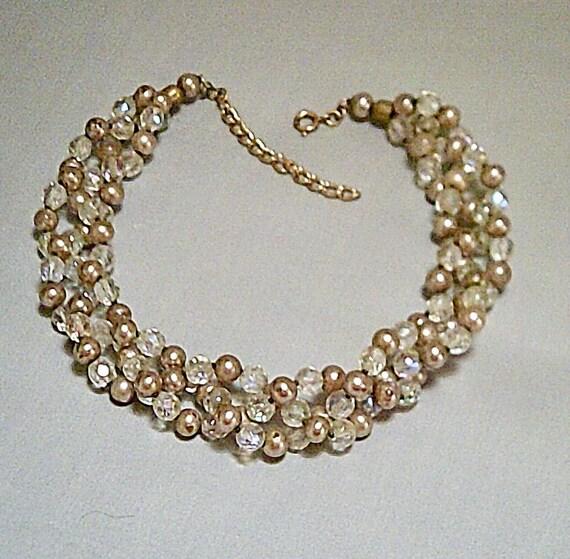 Beautiful vintage aurora borealis glass pearl chunk necklace