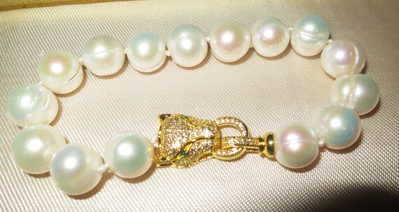 Lovely new handmade genuine 12-13mm South Sea baroque white pearl bracelet panther clasp