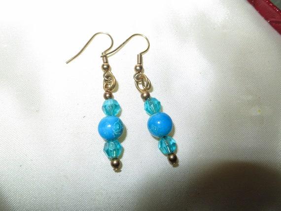Beautiful vintage  blue glass  drop earrings