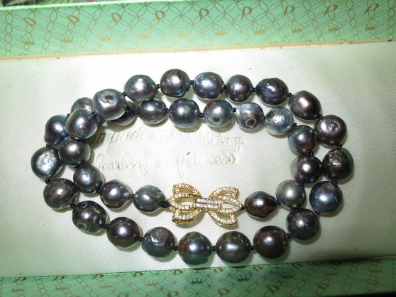 Beautiful cultured black knotted pearl necklace 17 inches