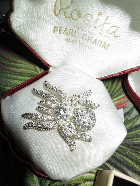 Fabulous Vintage Silvertone Diamante rhinestone Spider Brooch