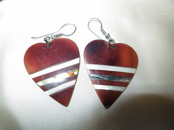 Lovely pair of vintage shell and mother of pearl heart shaped earrings